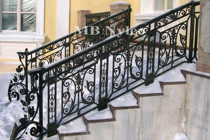 balustrada schodowa w dworskim stylu