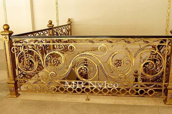 ekskluzywna balustrada kowalska