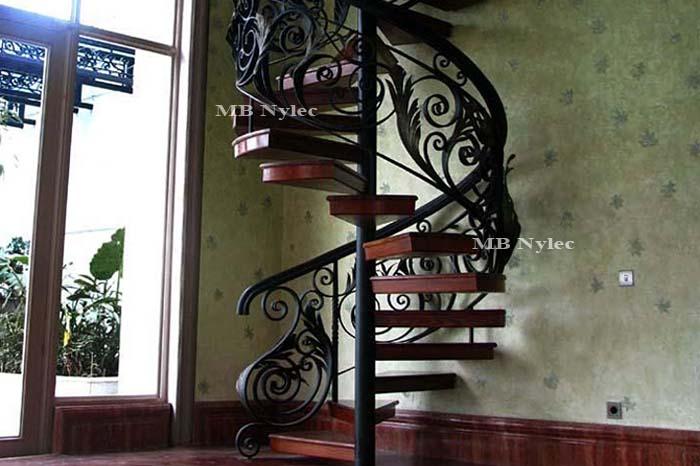 ekskluzywne schody kręcoe